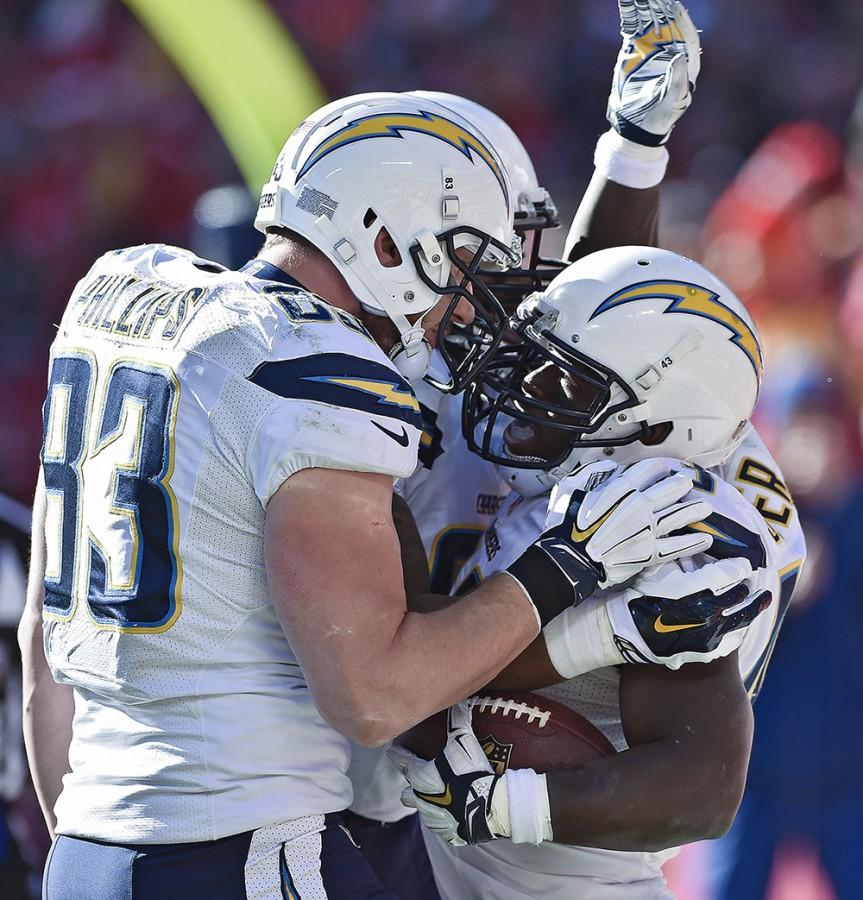 Chiefs beat the Chargers 19-7