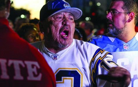 Chargers Fans Make Plea at Town Hall Meeting