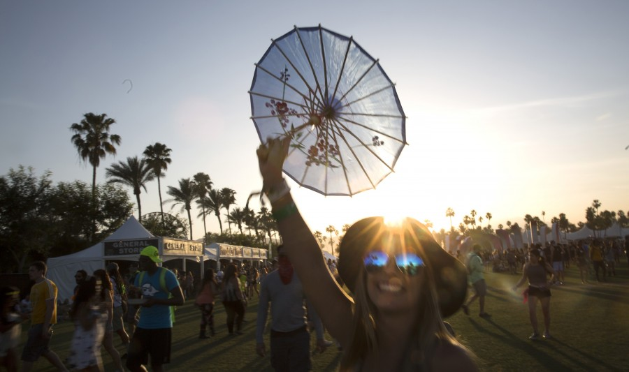 The sun sets on Day 2 of the Coachella Valley Music and Arts Festival at the Empire Polo Grounds in Indio, Calif., on Saturday, April 11, 2015. (Brian van der Brug/Los Angeles Times/TNS)
