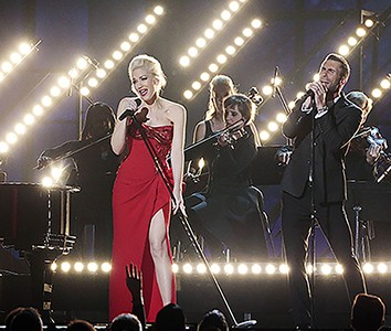Gwen Stefani shows us 'What the Truth Feels Like'