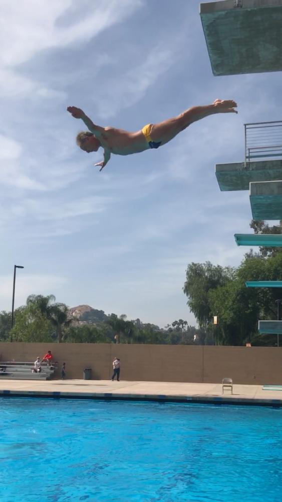 San Diego Mesa's Mike McKinney mid dive