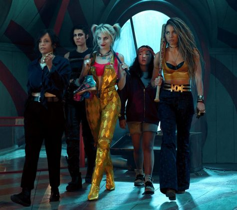 """The """"Birds of Prey"""" leads join forces for a final brawl."""