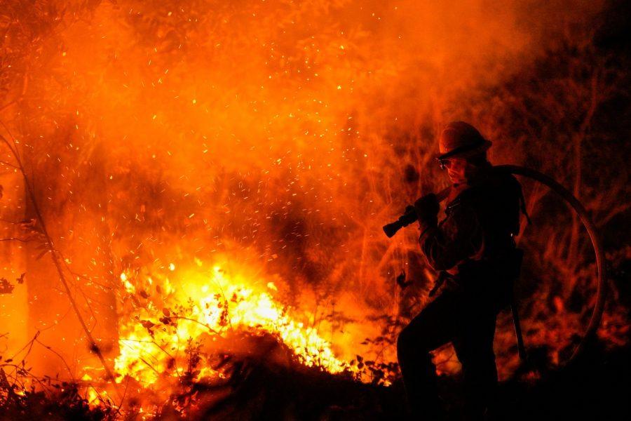 Firefighters+perform+structure+protection+against+the+Glass+Fire+in+Napa+County+