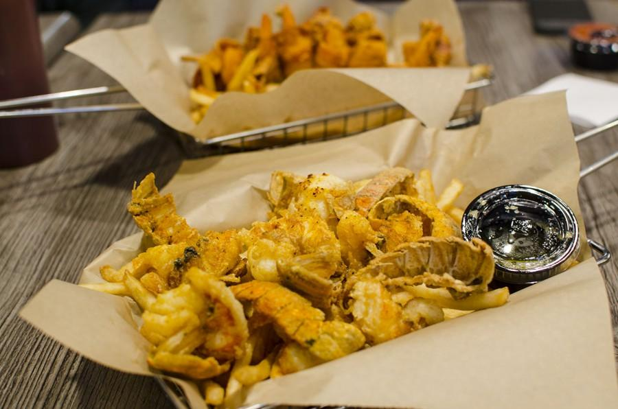 Restaurant Review: Chicken Charlie's fries it up