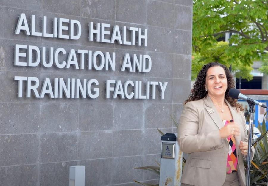 Professor Connie Renda helps kickoff new Bachelor's program.