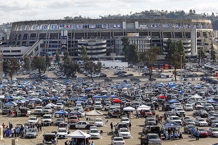 Chargers staying in San Diego reveals bigger issue