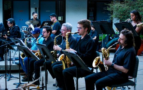 "Mesa college gets jazzy showcasing ""Jazz in the Courtyard"""